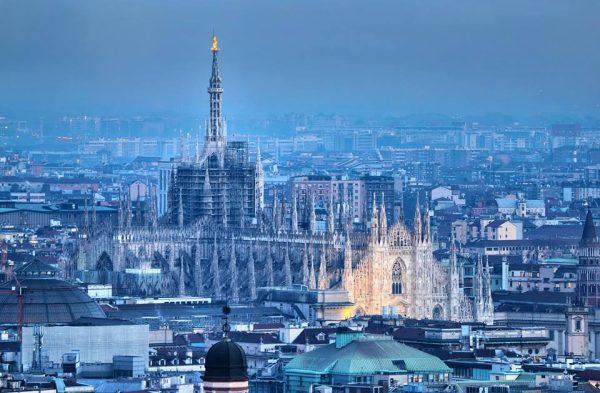 Duomo illuminato di notte