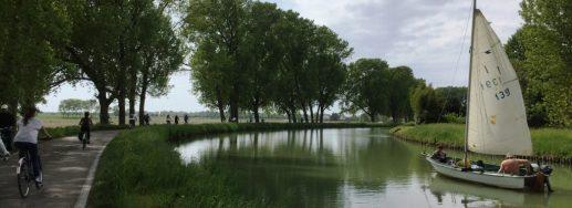 ville brenta fiume barca vacanze in bicicletta