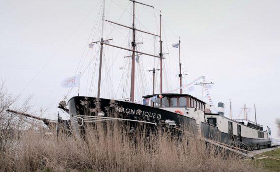 01-magnifique-III-barge-holland_tour tulipani_bici e vacanze