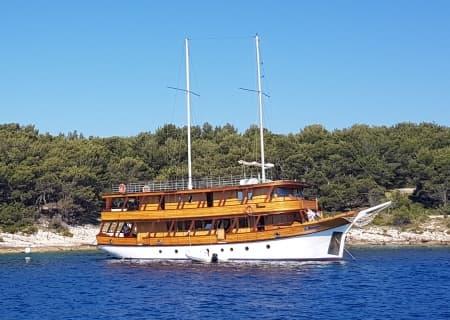 01_Dalvin_bici e barca_croazia_bici e vacanze