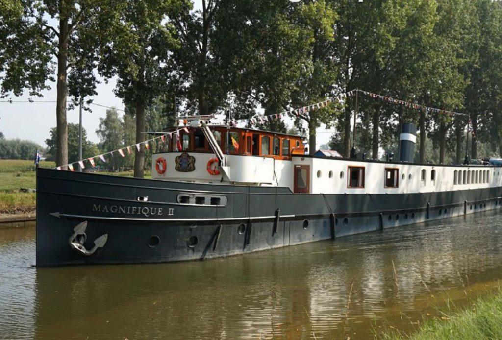 Tour dei tulipani in bici e barca bici e vacanze