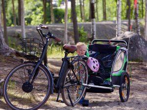 bambino_bici_mare_famiglia_bici e vacanze