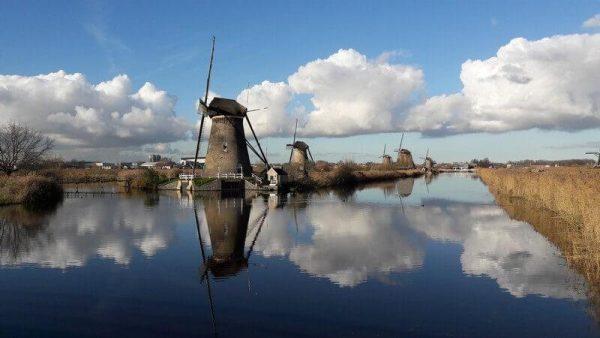 mulini a vento olanda belgio in bici