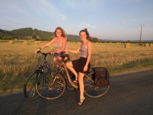 girls on a bike, ragazze in bicicletta