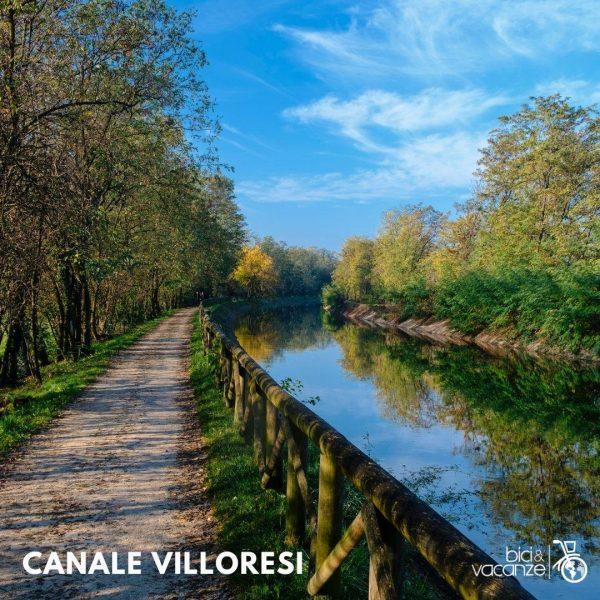 canale alberi cielo azzurro