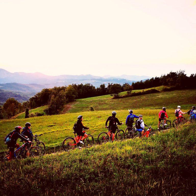 Tour in E-MTB Guardamonte Adventure _ Oltrepò Pavese_Bici e Vacanze