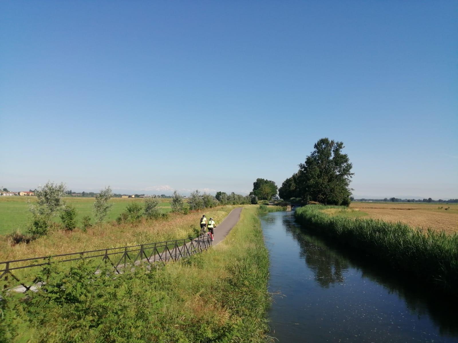 tour dei 3 navigli week-end di gruppo in bici